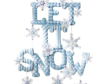 Let it Snow Felt Applique Wall Hanging Kit