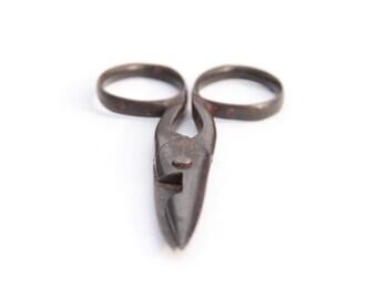 Antique Buttonhole Scissors