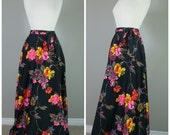 Vintage 1970s BOHO FLORAL PRINT Maxi Skirt/size Small-Medium