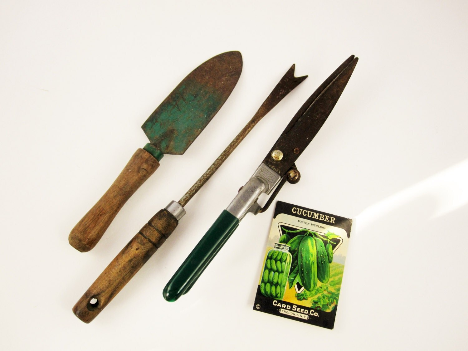 Three vintage gardening tools grass trimmer trowel and for Gardening tools vintage
