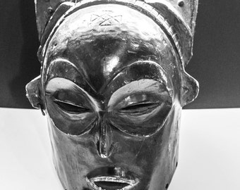 Chokwe Helmut Mask from the Chokwe peoples of the DR Congo.