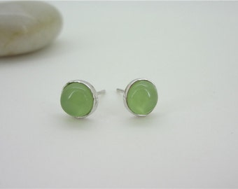 Green Grape stone 925 Sterling Silver Round  Stud Earrings