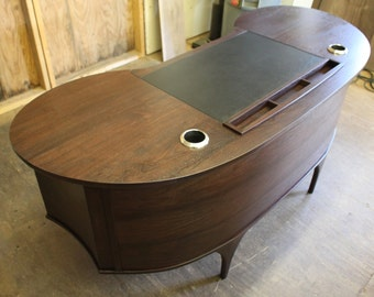 Modern Contemporary Executive Desk