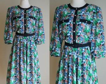 SALE: Vintage 80s Floral Secretary Dress - Below Knee Modest Green and Blue Floral Midi Dress - Belted Office Dress - Size Medium / Large