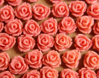 30 pc. Dusty Rose Glossy Rose Cabochon 7.5mm   RES-430