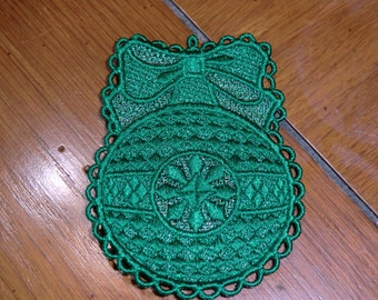 Embroidered Magnet - Christmas - Green Ornament W/Bow