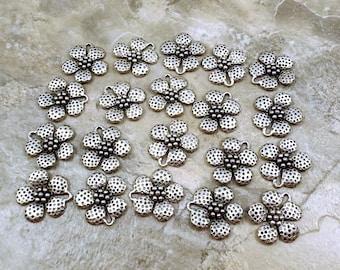Twenty (20) Pretty Speckled Flower Charms - 1250