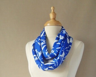 FREE SHIPPING, Spring, Sapphite Blue and white Geometric Flower Shapes, Infinity Scarf
