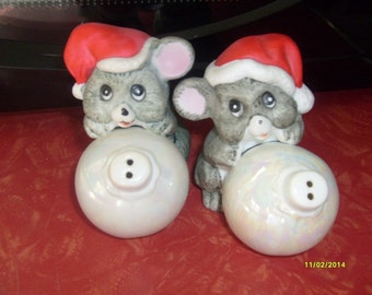 Mice Salt and Pepper Shakers Christmas Around The World
