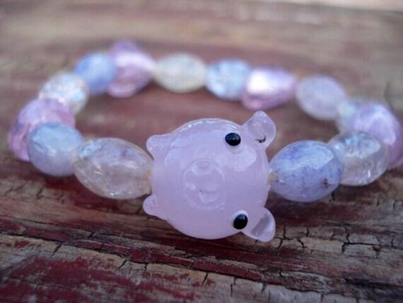 Pig Bracelet, Pink Bracelet, Heart Bracelet, Glass Bracelet, Beaded Bracelet, Pig Collectibles, Pig Jewelry, Farm Animal Jewelry