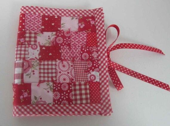 Carnet aiguilles patchwork tissus tilda carnet de broderie for Aiguille a couture
