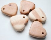 Set of 5 juniper HEART-PENDANT with a hole in the eyelet - Natural polished - eco friendly