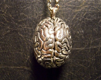 Realistic Human Brain Anatomical 3D Smarty Pants Genius Necklace Grey Matter Thinker