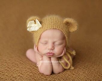 Newborn Photography Fabric Backdrop - Honey Knit Backdrop -  2 Yards
