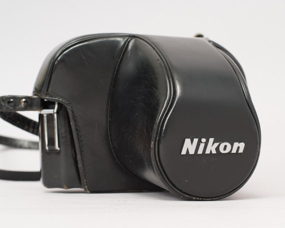 vente nikon etui dur pour appareils photo nikon f2. Black Bedroom Furniture Sets. Home Design Ideas
