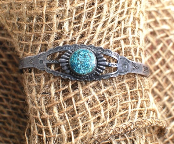 1940s Native American Indian Historic Sterling Silver Cuff Vintage Bracelet