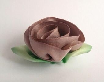 Desert Sand Silk Flower Pin