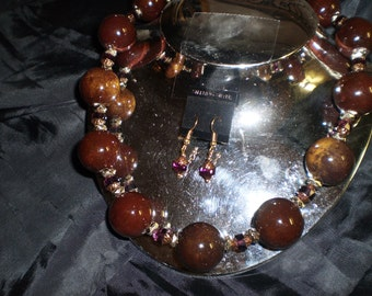 Chocolate Brown Porcelain and Faceted Crystal Glass Necklace Set