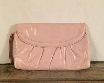 Womens Vintage Pink Clutch Vintage Purse Mid Century Fashion retro accessories hollywood regency wristlet