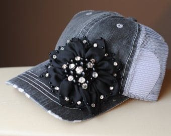 Womens Truckers, Womens Bling Hats, Womens Hats, Womens Distressed Hats, Womens Military Hats, Womens Cadet Hats