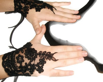 20% sale discount, Black Lace fingerless gloves,black wedding accessory,women fashion