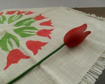 Vintage Swedish napkin Printed tulips napkin Spring linens Floral napkin White napkin with red tulips Easter table napkin