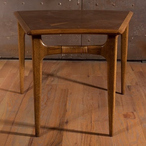 Mid century lane trapezoid table occasional table end table for Trapazoid table