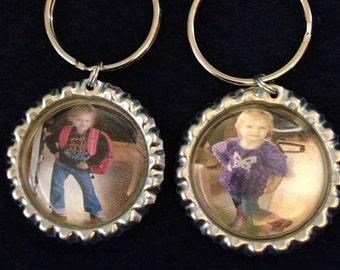 3 picture keychains