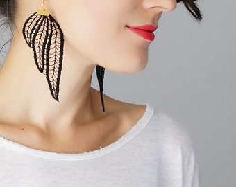 Statement Earrings Lace Earrings Black Earrings Boho Earrings Long Earrings Leaf Earrings Fashion Earrings / TUBERO