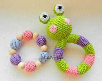 Crochet baby toy SET of 2 Rainbow Grasping and Teething Toys Frog Stuffed toys Gift for baby Girls Boys