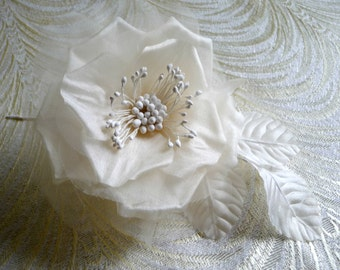 Silk Rose Creamy Ivory Bridal Millinery Flower for Bridal Bouquets, Wedding Veils, Corsage, Sash, Gowns, Fascinators 1FN0010I