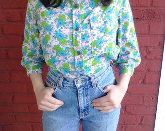 1970's psychedelic floral cropped blouse