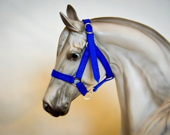 Classic Model Horse Halter (1:12 Scale)