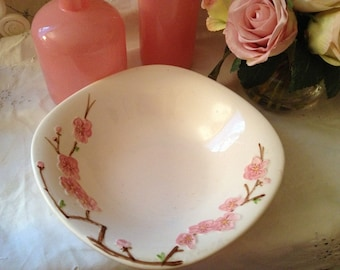 Vintage 1950s California Peach Blossom Metlox Poppytrail Vegetable Bowl