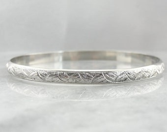 Vintage Sterling Silver Etched Bangle Bracelet Y5THJQ-N