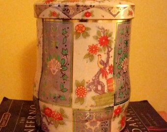 Floral English Tin by Daher