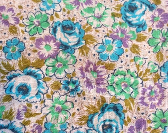 60s vintage retro mod fabric with a lovely floral pattern. Made in Sweden