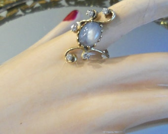 14kt / Natural Gray/Blue Sapphire / Diamond ring  custom  made