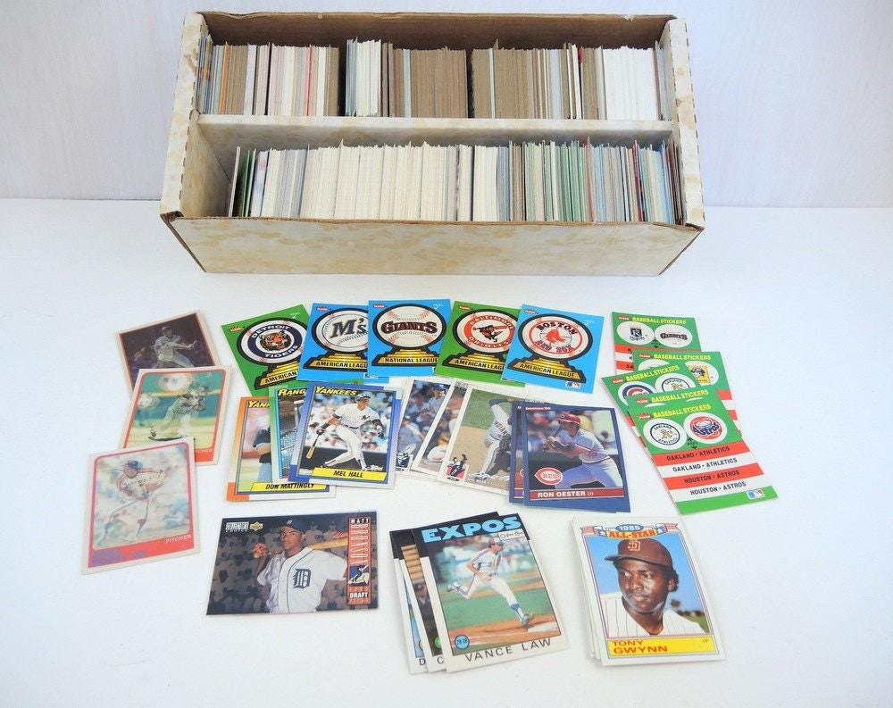 Vintage Baseball Card Memorabilia