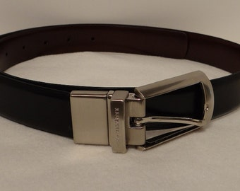 Belt Buckle and Argentina Leather Kenneth Cole
