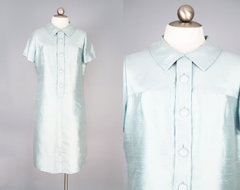 SPRING CLEANING 20% OFF: 1960s Pale Blue Silk Taffeta Shift Dress w/ Peter Pan Collar and Decorative Buttons Size L