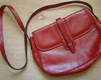 Vintage Red Faux Leather Purse - Forecast Brand