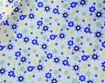 Daisy Blues Polycotton available in Yellow/Blue