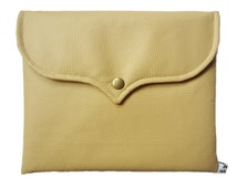 IPAD cover ocher