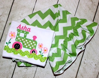 Girls tractor birthday outfit Green and pink tractor ruffle pants set Baby girl pants outfit Toddler girl size 2t 3t 4t 5 6 8 10 months