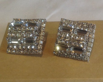 Vintage large bold hobe rhinestone clip earrings