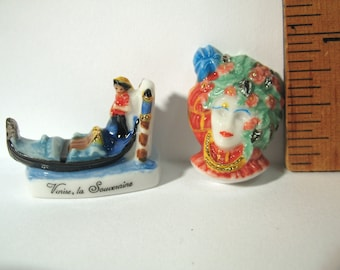 VENETIAN Gondola Venice Carnival Mask Carnevale Italy   -  French Feve Feves Figurines King Cake Doll House Miniatures AA92