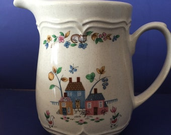 Vintage Heartland Pitcher