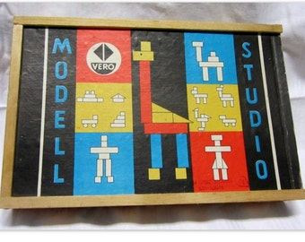 Wooden kit VERO Studio Modell. Blocks building blocks wooden toy building toy block box modular building blocks. Around 1960 / 70. VINTAGE