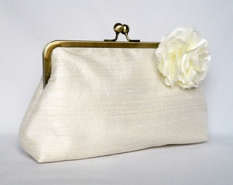 Bridal clutch purse, Ivory Dupioni Silk Clutch Purse, Wedding Clutch Purse, Ivory Silk Clutch, Floral Silk Clutch,Bridesmaids Clutch